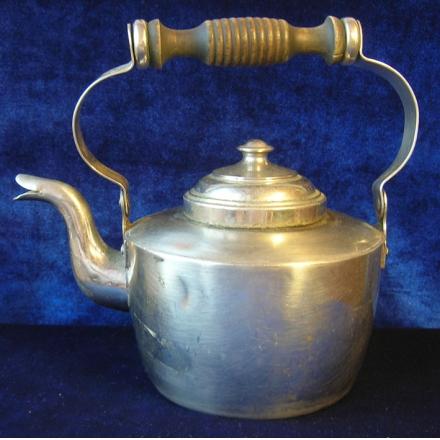 винтажный чайник