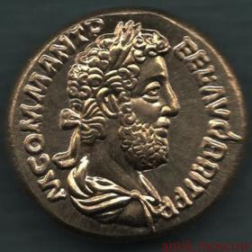 Античная монета Воин с мечом и щитом