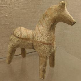 Глиняная игрушка лошадка XVI-VII вв