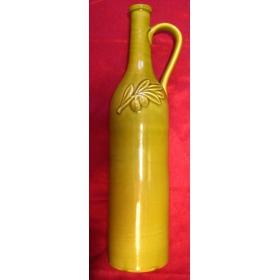 Изысканная высокая бутылка