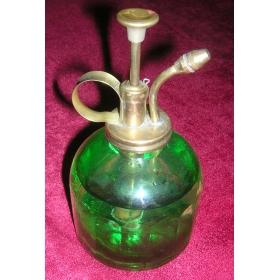 Распылитель одеколона в зеленом стекле